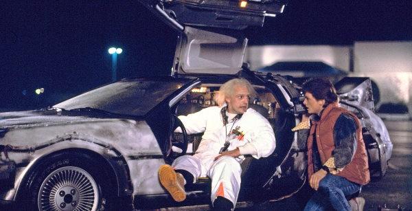 back to the future time travel movie mechanics